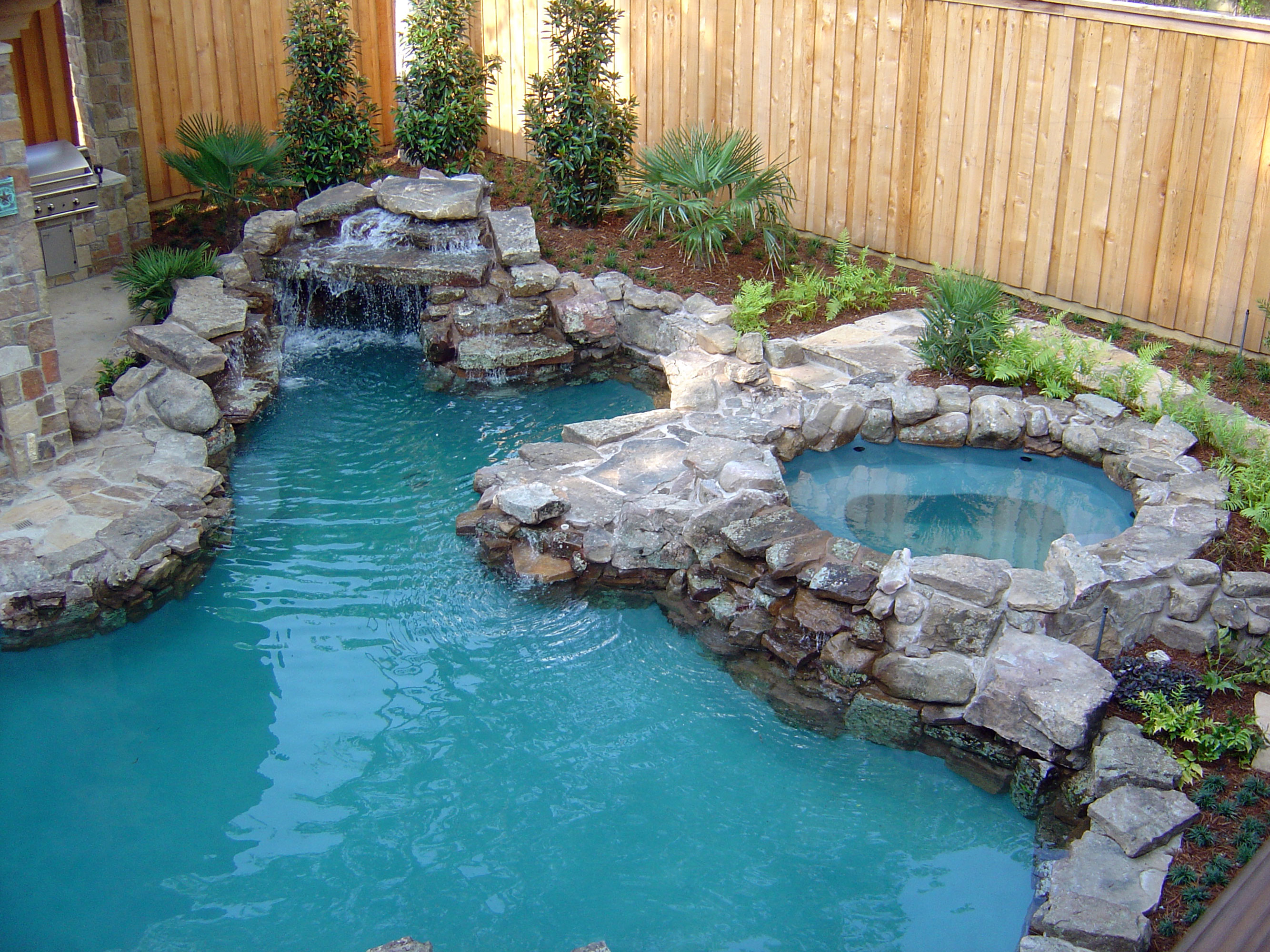 Pool 162