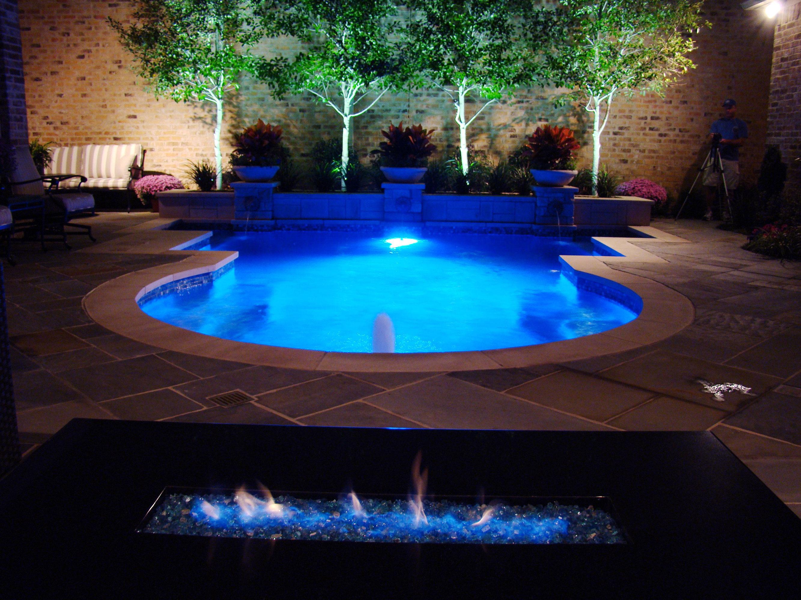 Pool 230