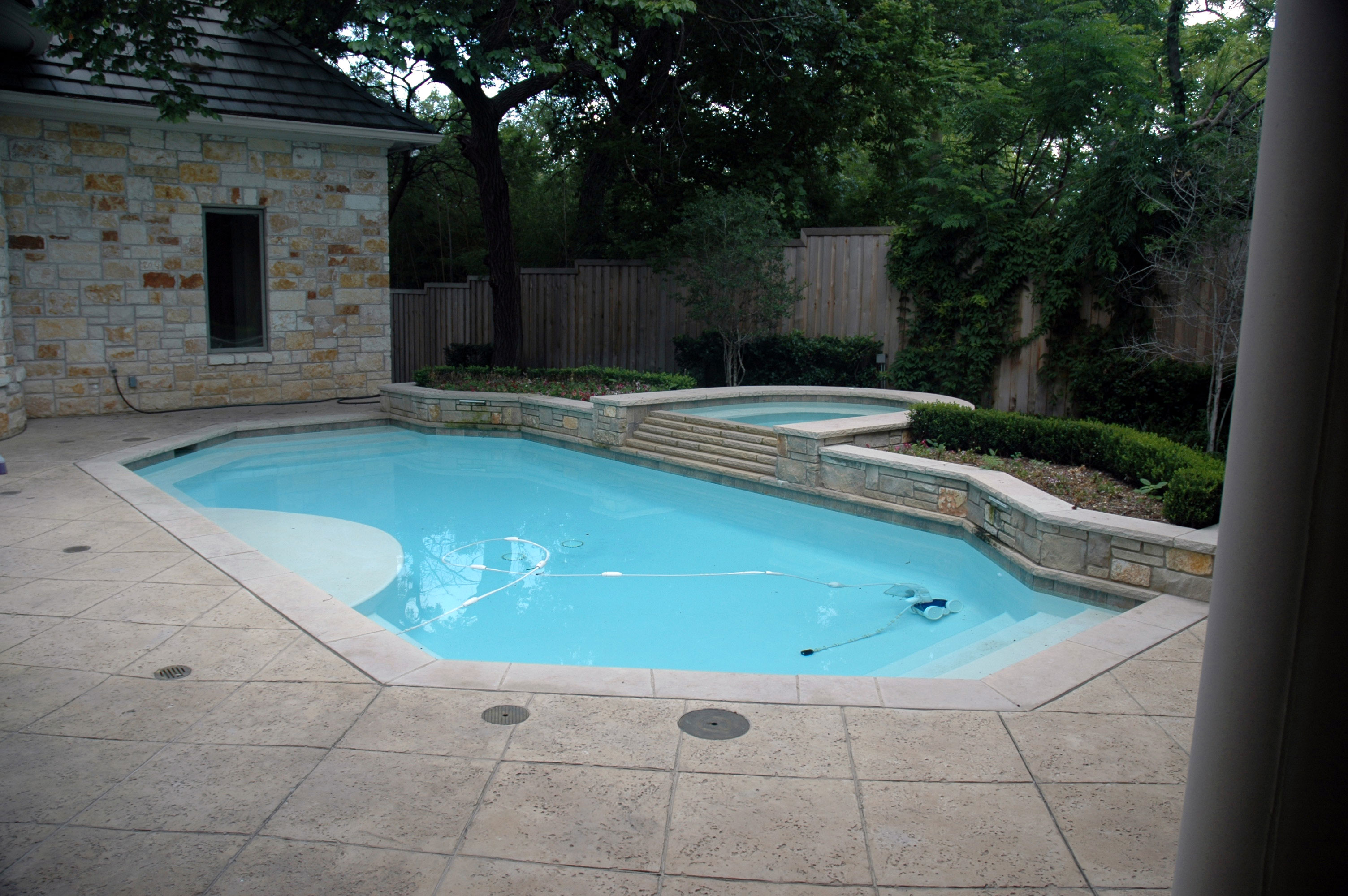 Pool 103