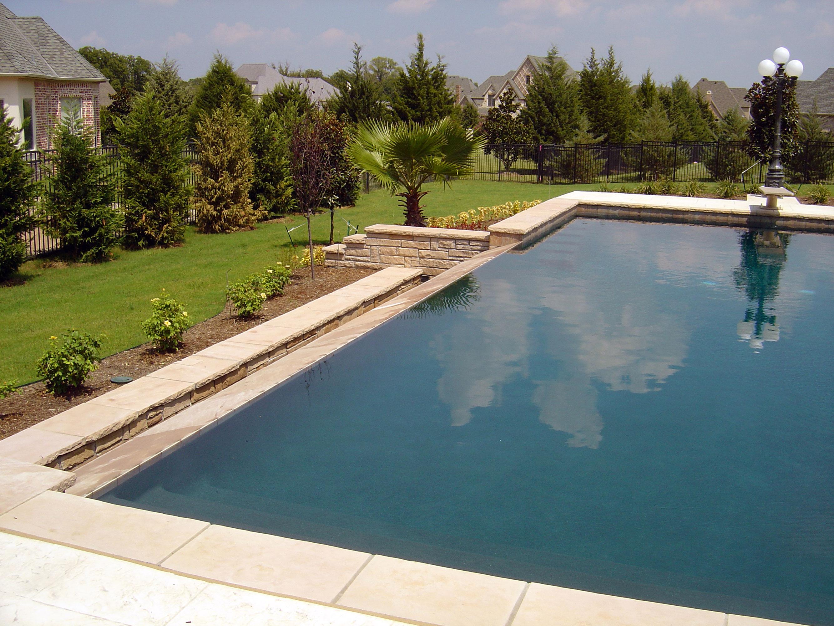 Pool 204