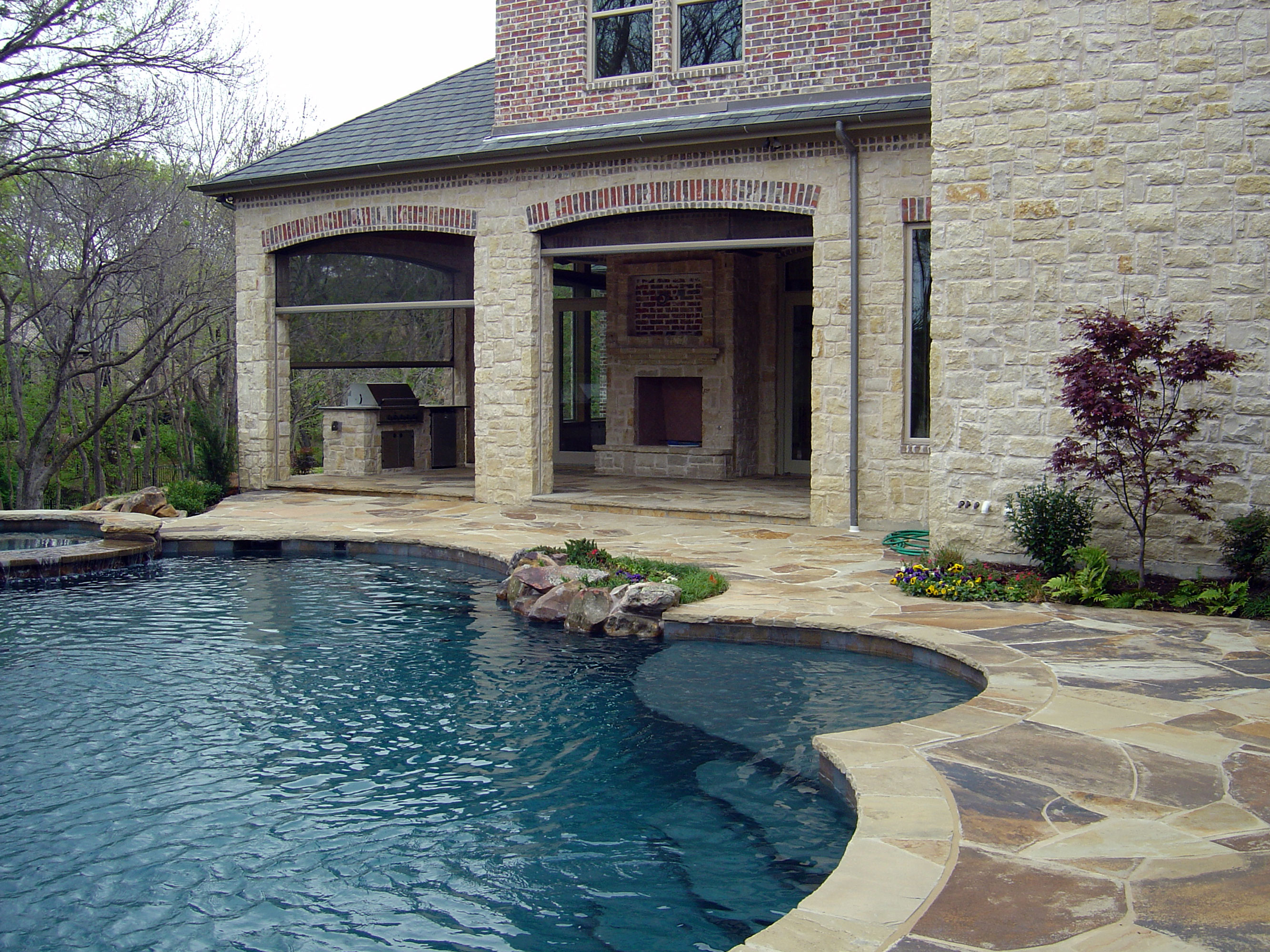 Pool 221