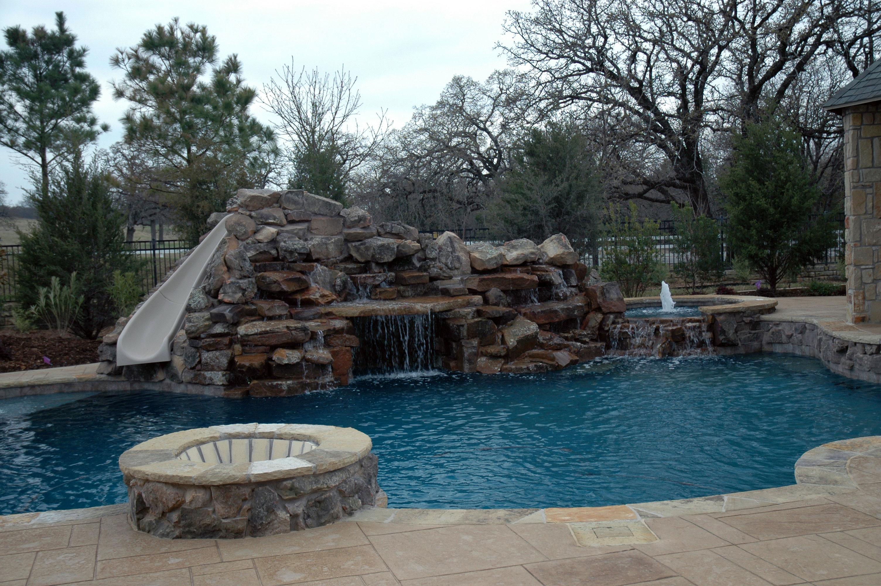 Pool 85